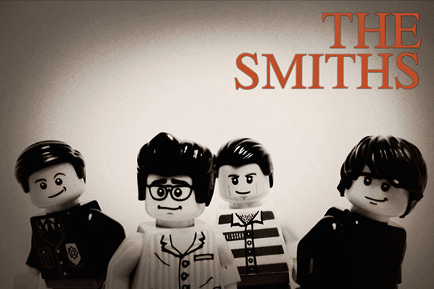 20-Famous-Bands-Recreated-in-LEGO-6