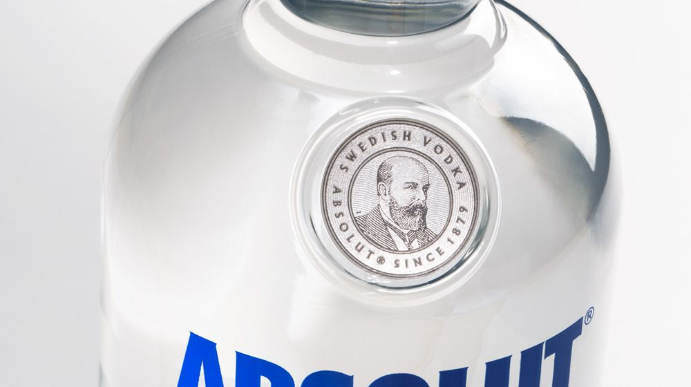 absolut_vodka_2015_bottle_detail_seal
